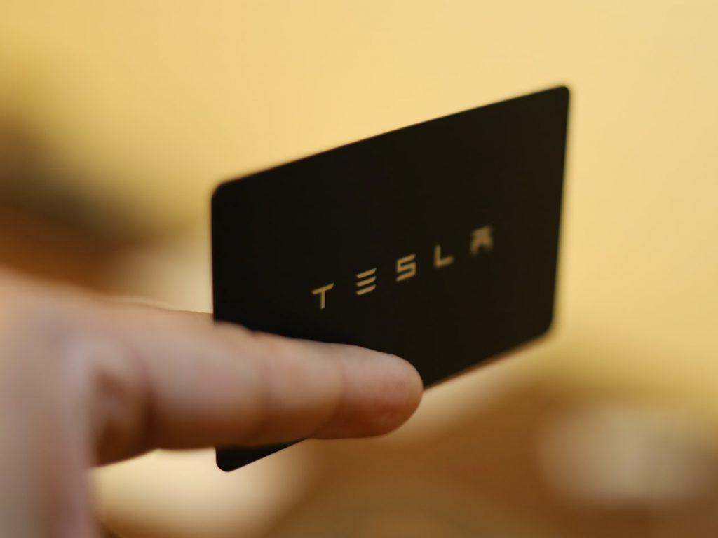 Tesla, comentar de XLNTrade